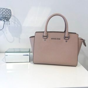 Michael Kors - BRAND NEW with tags